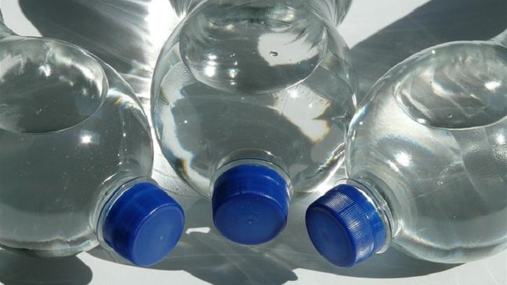 BabaMail -The Dangers of Drinking From Plastic Bottles