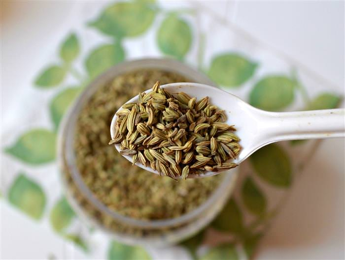 fennel seed water