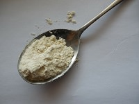 spoon of cornstarch