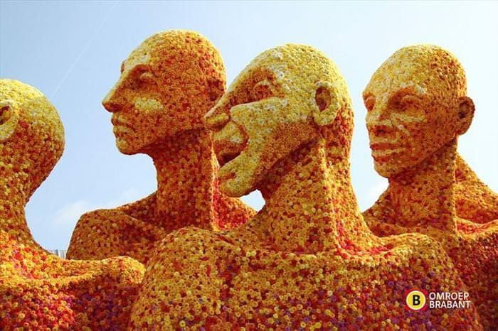 flower statues