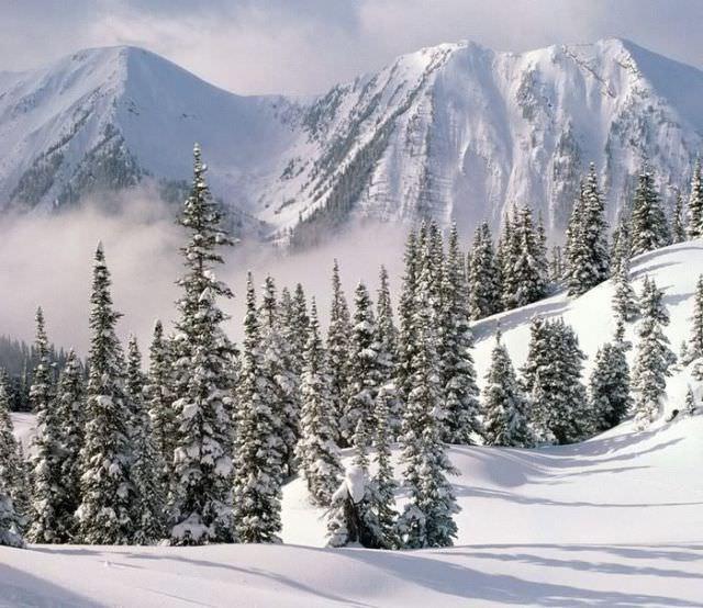 winter mountains photos