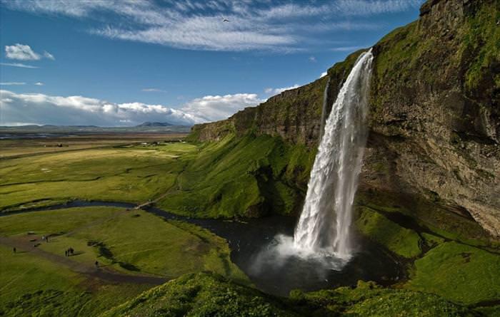 beautiful waterfall photos