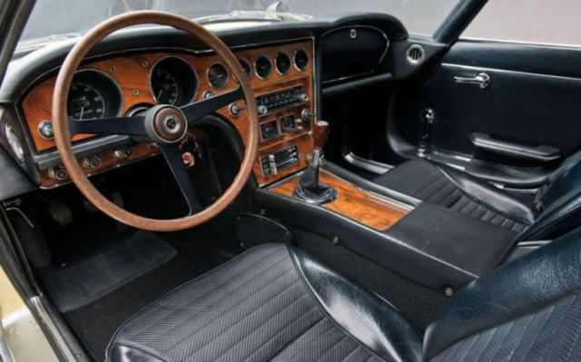 what does the interior of a super car look like wheels air water babamail. Black Bedroom Furniture Sets. Home Design Ideas