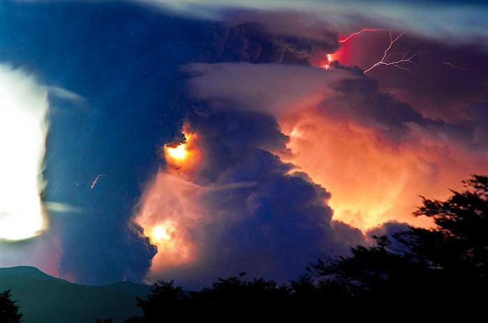 beautiful volcano eruption