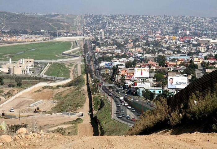 Amazing Borders