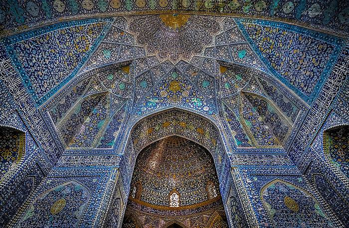 Incredible mosque ceilings