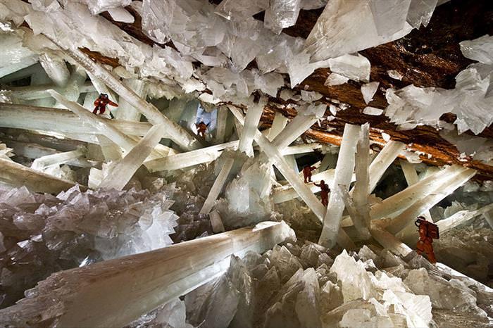 25 Amazing Caves