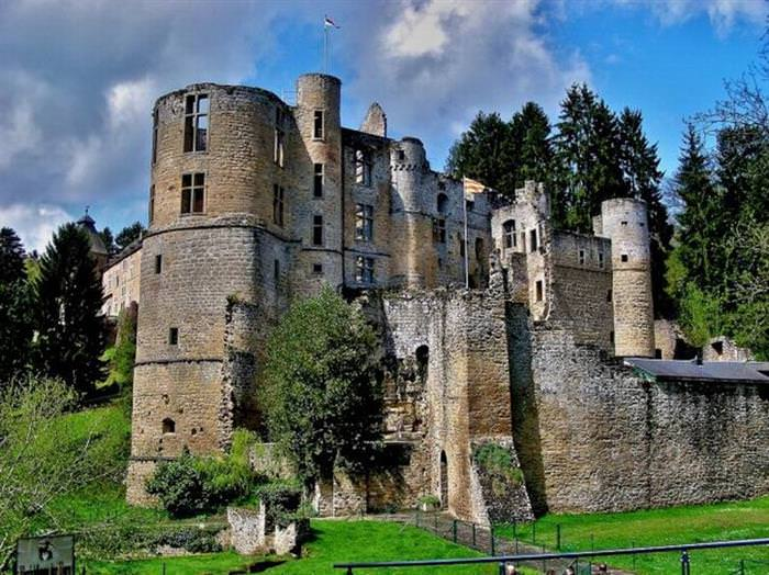 15 Incredible Places to Visit Luxembourg