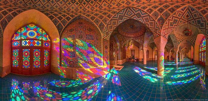color mosque