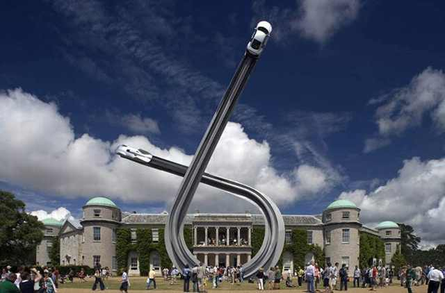 These Car Sculptures Look Impossible!
