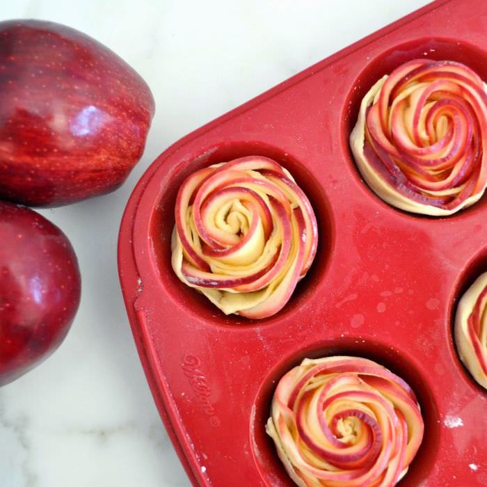 rose petals apple dessert