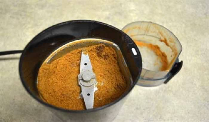 Make your own tomato powder