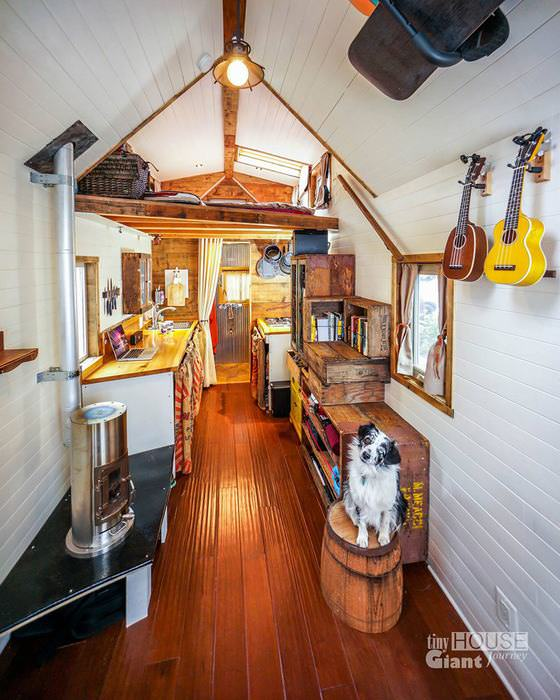 small creative houses