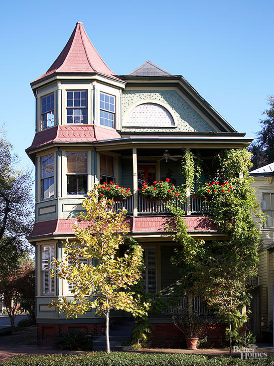 Charming Victorian Style Homes Features And Ideas