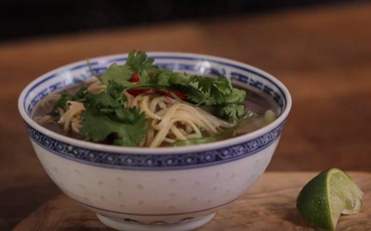 chicken itame, noodles