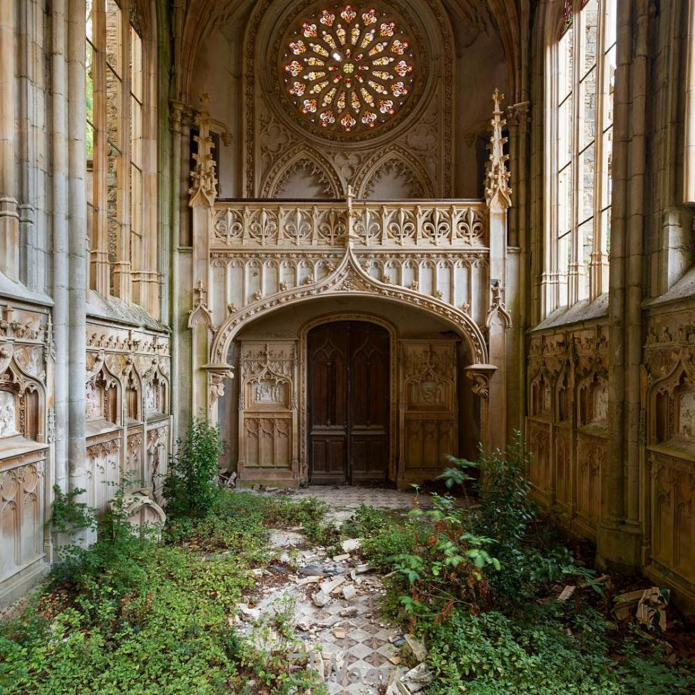 Mystery! Abandoned Buildings Reclaimed By Nature