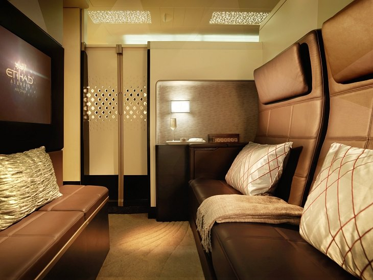 Plane - Luxurious - Cabins - Flying