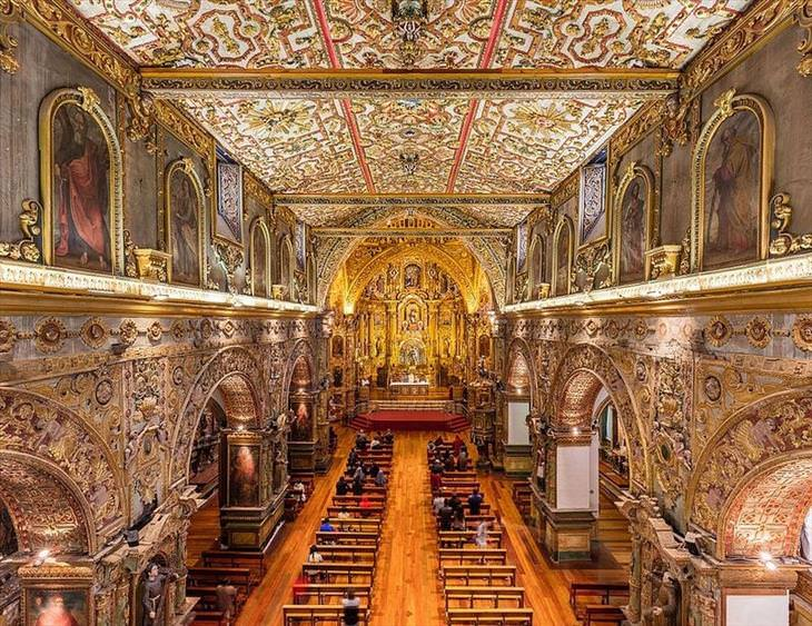 gilded-churches-ecuador