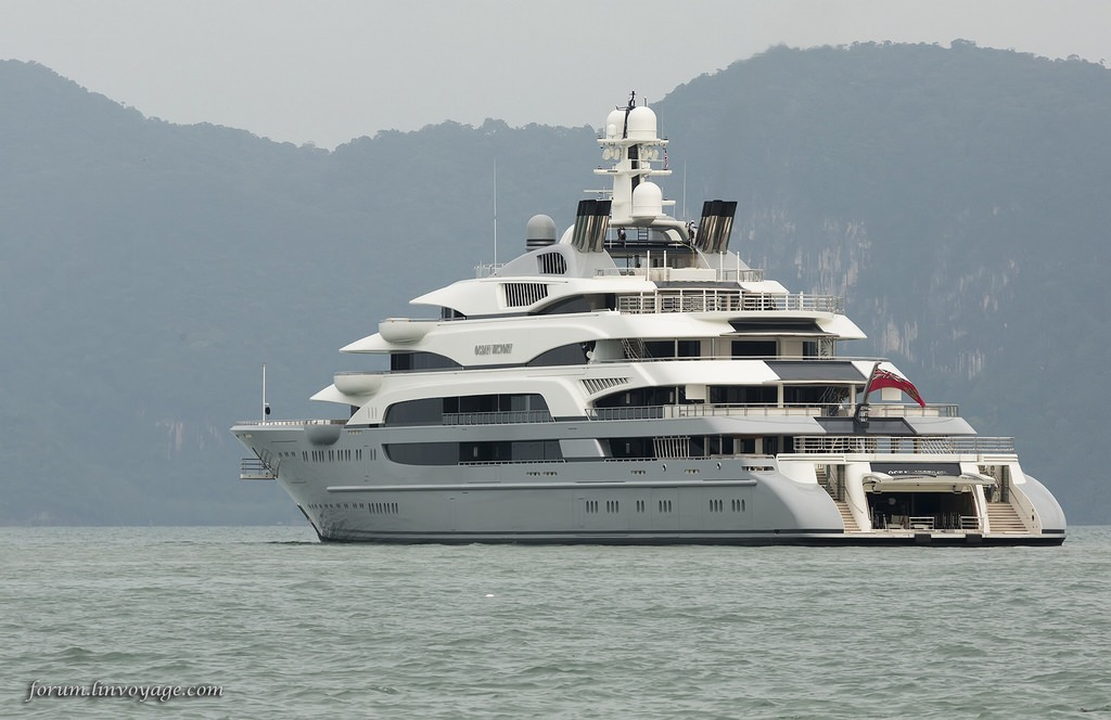 The 10 largest private yachts in the world wheels air for Largest private boat