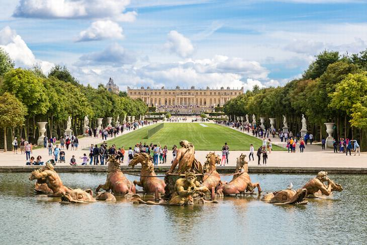 palaces