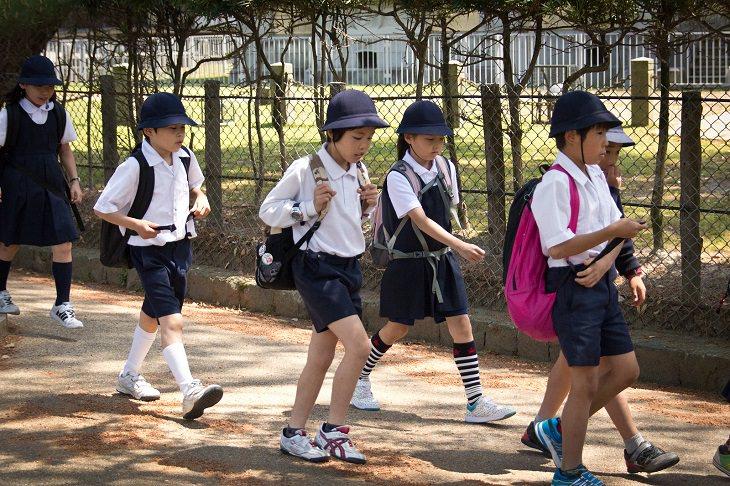 school kids, japan