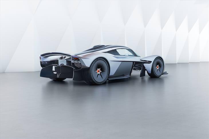 025953d7-7936-4fa2-9a9e-5c5826e99ef9 - $3.2 million dollars car - Cars and Automotive