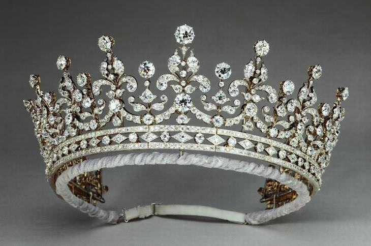 famous royal crowns and tiaras baba recommends babamail