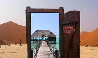Abertura da porta para a praia