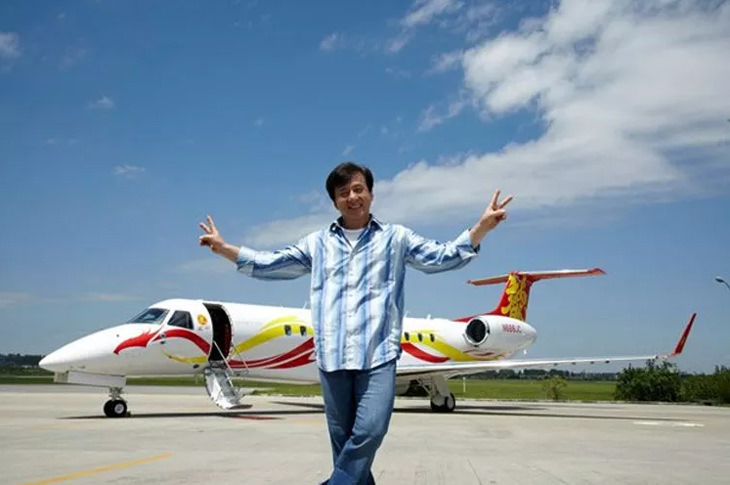 15 of the Most Famous Private Jets & Their Owners | Wheels ...