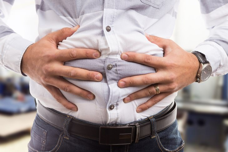 how to get gas out of stomach naturally