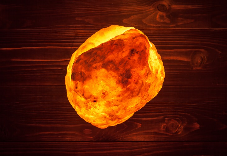 Himalayan Salt Lamps Purchase : Here s Why You Should Buy a Himalayan Salt Lamp Health - BabaMail
