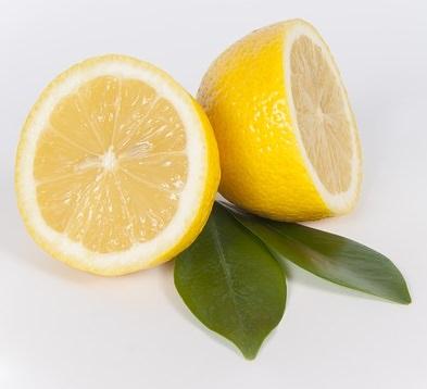 lemon detox: cut lemons