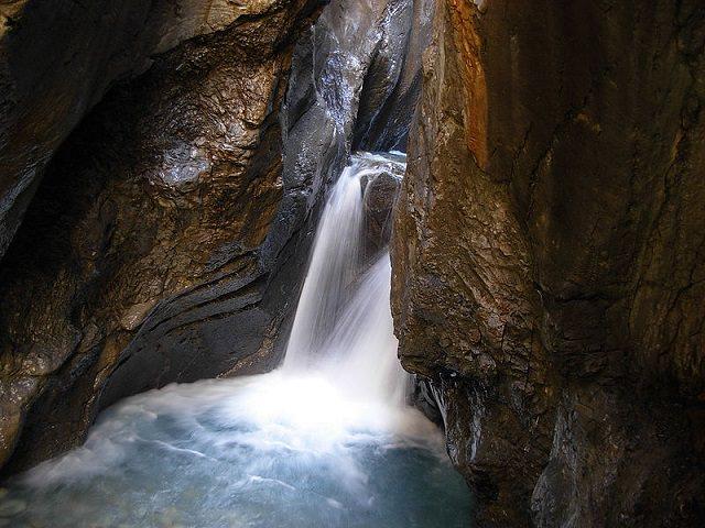 Waterfalls from around the world, Rosenlaui ravine, Switzerland
