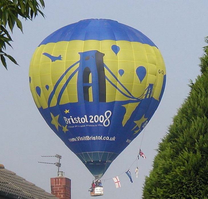 Different Hot air Balloons from Around the World, Hot air balloon over Yate, England, blue and yellow bristol hot air balloon