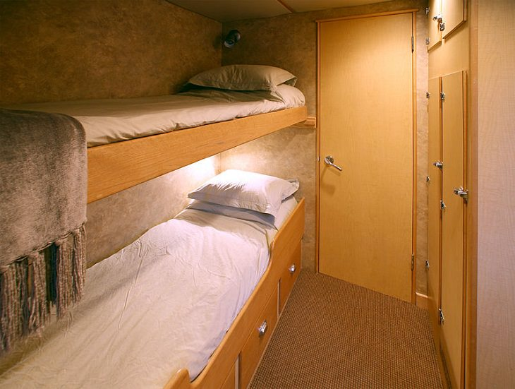 Tips for making the most of your next cruise trip, small cruise ship cabin with bunk beds
