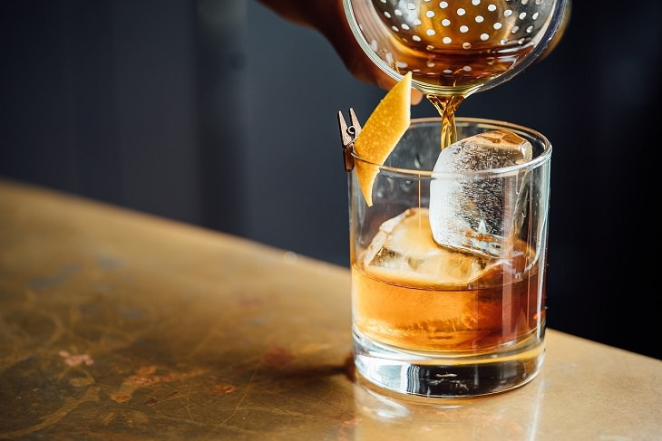 Whiskey, Old Fashioned, Low-Calorie, Diets, Healthy, Drinks, Alcohol, Cocktail, Mixers, Lime, Liqueur, Liquor