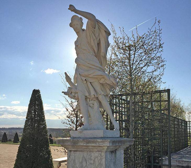 Statue of Diane, Chateau De Versailles, Ile De France, Paris, Palace, Royal Mansion, Garden, Forest, Fountain Show, Music and Lights Show