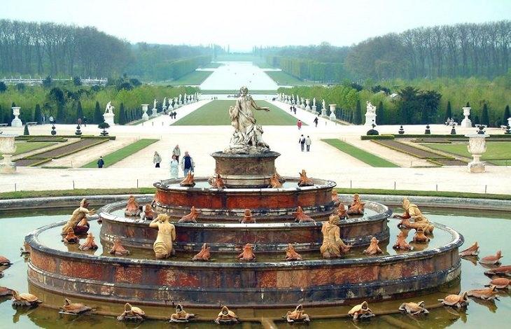 Fountain Rotunde, Chateau De Versailles, Ile De France, Paris, Palace, Royal Mansion, Garden, Forest, Fountain Show, Music and Lights Show