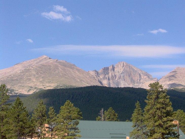 Longs Peak, Colorado, Rocky Mountains, mountain trails, hiking, trekking, rock climbing, dangerous,