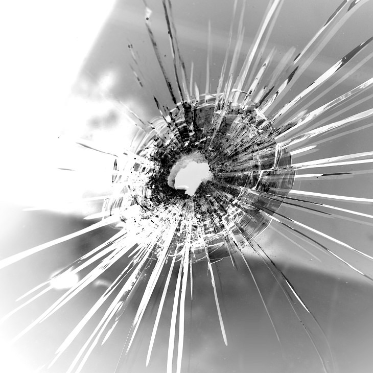 Windshirld, cracks, chip, screen, car, driving, fix, repair, seal