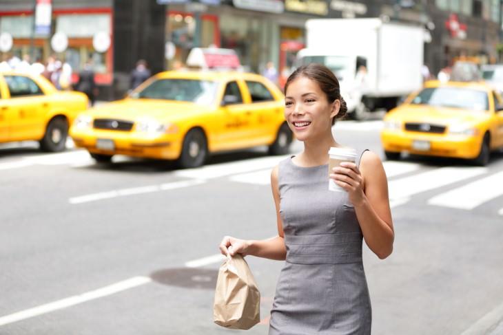 joke woman walking in new york