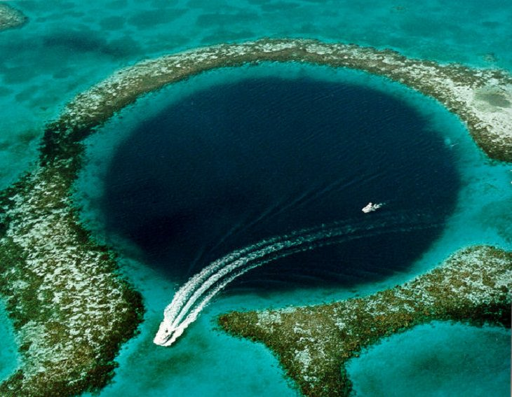 Scuba Diving Great Blue Hole, Belize