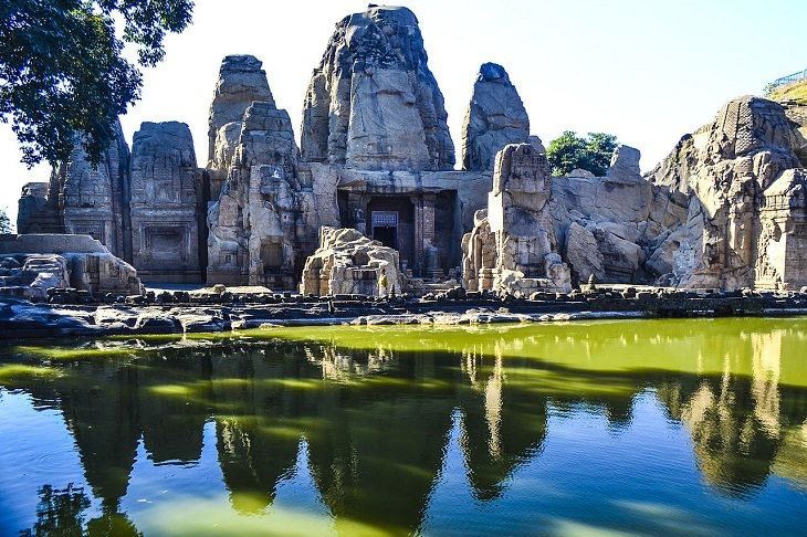 Beautiful ornate Hindu temples found in India and other countries across the World, The Rock-Cut Temples of Masrur in Himachal Pradesh, India
