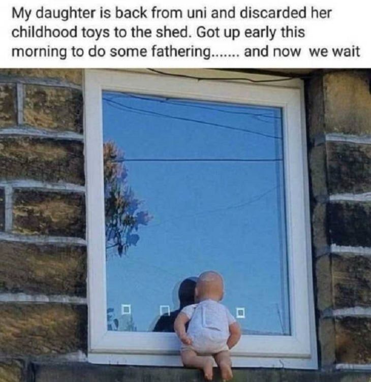 Hilarious photographs that show the best parents and parenting done right, father places toy at daughters window