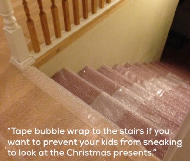 Hilarious photographs that show the best parents and parenting done right, bubble wrap on a staircase