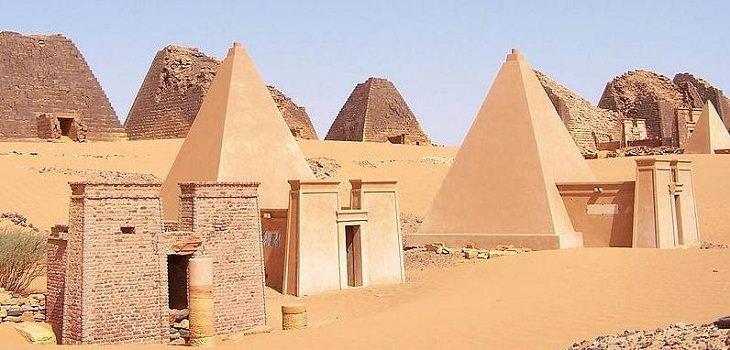 Great Pyramids of the World, The Pyramids of Meroë, Nubian Pyramids, Kingdoms of Kush, UNESCO World heritage site, Sudan