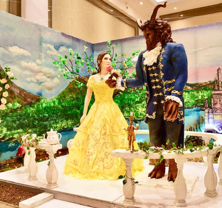 Realistic and Delicious cake art by Turkish chef Tuba Gelick, beauty and the beast cake