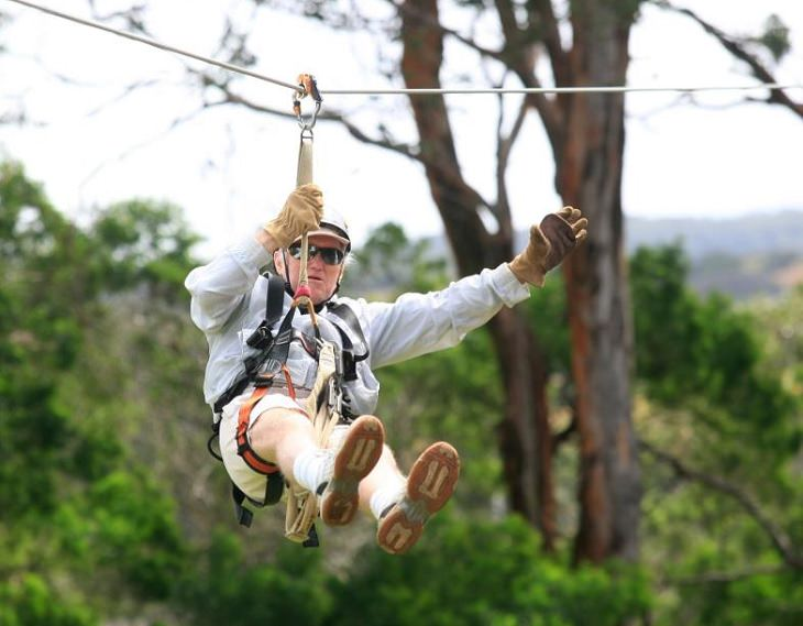 Incredible things done by seniors, Old man zip-lining