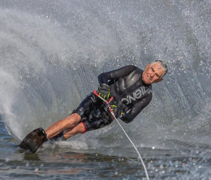 Incredible things done by seniors, Old man water skiing