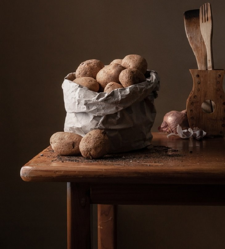 kitchen, potatoes
